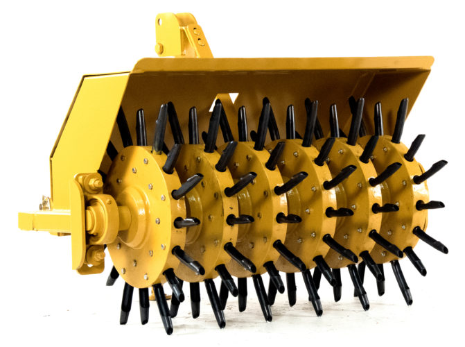 Alternating Depth Lawn Aerator - Core Plugger