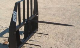 W R Long Bale Spear – Pallet Fork Attachment